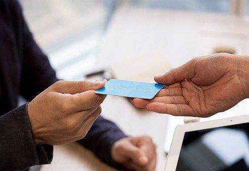 キャッシュカードの暗証番号が思い出せなくなる認知症
